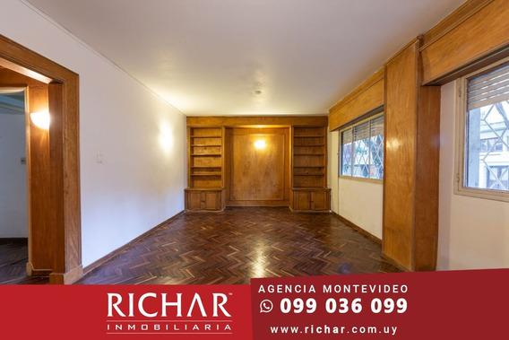 Apartamento Pocitos Alquiler 1 Dormitorio Patio Oportunidad