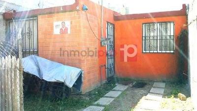 Casa En Venta En Fracc. En Villas De S. Maria