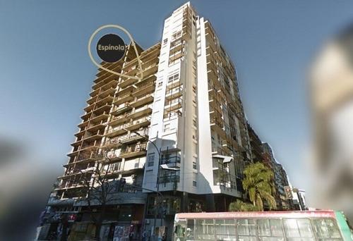 48 E/ 7 Y 8, La Plata - Departamento 4 Dormitorios Y Cochera