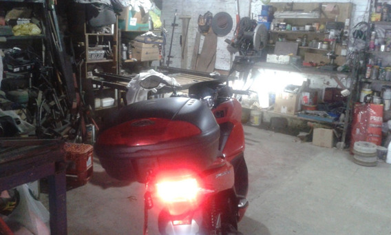 Excelente Honda Pcx 150