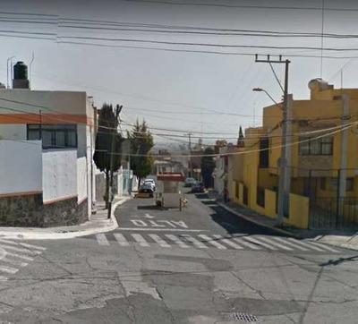 Casa En Lomas Altas Toluca