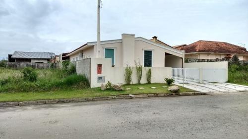 Imagem 1 de 1 de Terreno Em Condomínio, Lado Praia Peruíbe-sp | 7619-pc