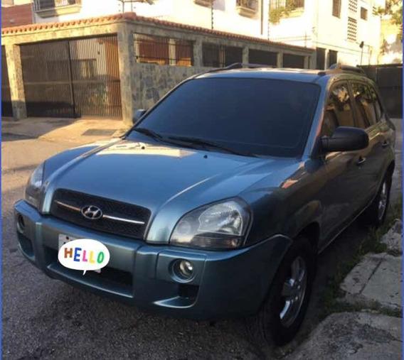 Hyundai Tucson Singronica 4x2