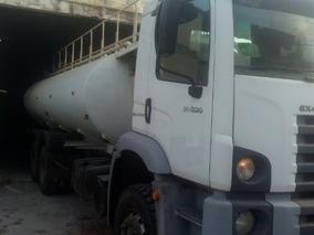 Volkswagem 31-320 6x4 Ano 2011/2011 Tanque Pipa Gascom