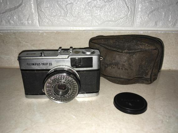 Antiga Camera Máquina Fotográfica Olympus Trip 35