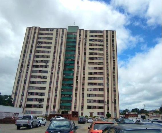 Apartamentos En Venta Barquisimeto 20-23311, Sp