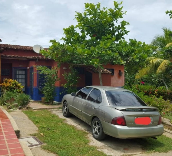 Flamboyan Group, C.a, Vende Casa Vacacional