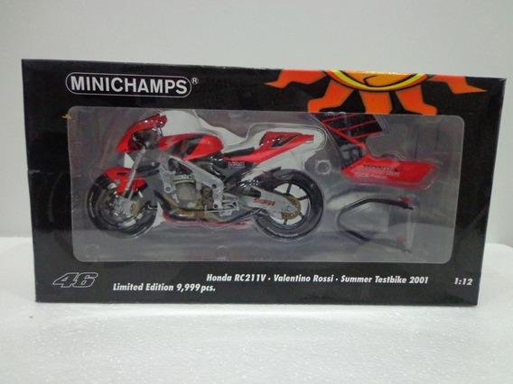 Moto Honda Rc211 Valentino Rossi 2001 1/12 Minichamps