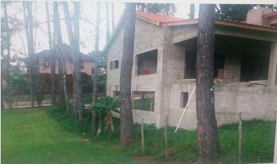 Oportunidad En Jarabacoa Terreno 875 Mts2 Con Villa De 3hab