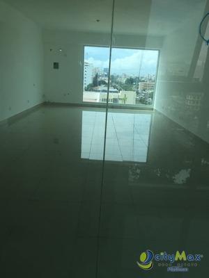 Moderna Oficina De 52mts En Bella Vista, Santo Domingo