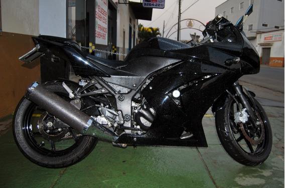 Kawasaki Ninja 250r 2011 Moto Excelente Com Acessórios
