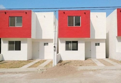 Casa En Venta En Loma Alta, Altamira (2)
