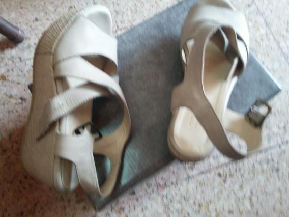 Sandalias Febo 35 Color Plata Hielo Casi Nuevas