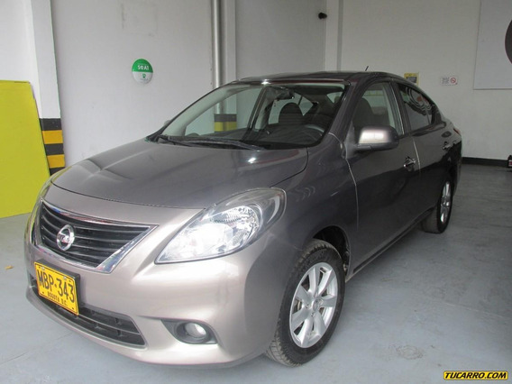 Nissan Versa Advance Full Equipo