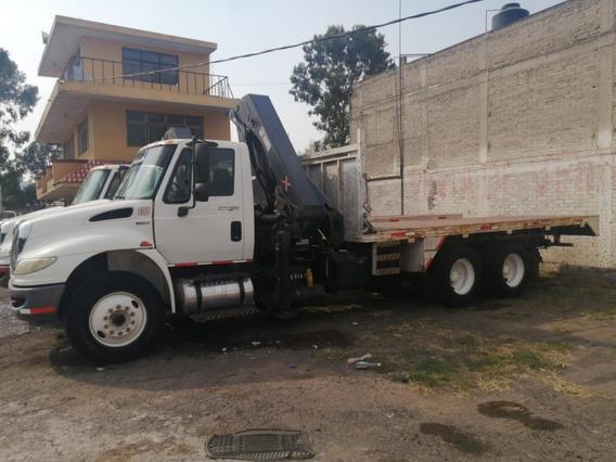 Camión International 2010 Con Grua Articulada Hiab 8 Ton