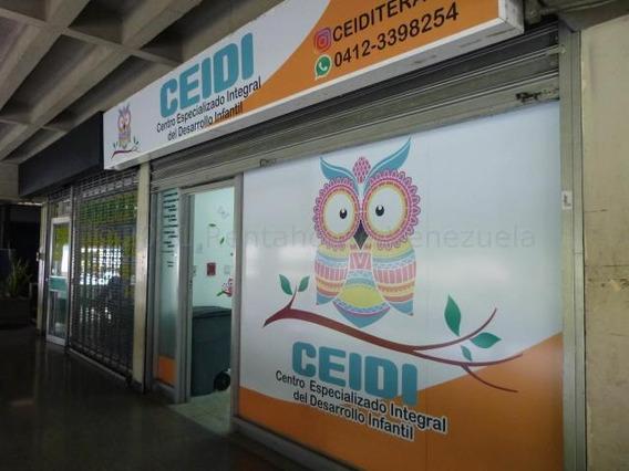 Local Comercial En Alquiler En Chacaito 21-12054 Adriana 0414 3391178