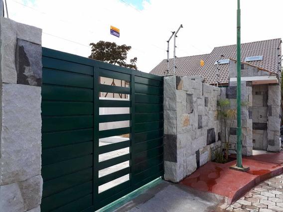 Vendo Casa De Lujo En Izamba (ambato), Sin Intermedios.