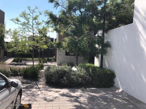 Casa En Venta Esquina Con Terreno Excedente Zibatá Sr 201996