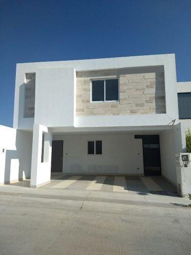 Casa En Venta En San Angel I, San Luis Potosi