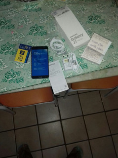 Samsung J7 Metal Uma Semana De Usado Apenas