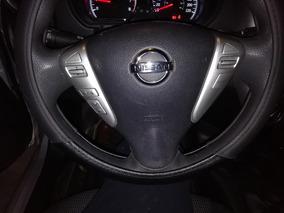 Nissan Versa 1.6 Advance L4 At 2015