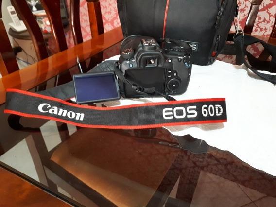 Canon Eos 60d + Lente 18-200