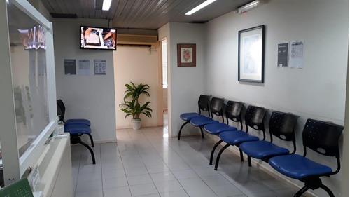 Excelentes Consultorios En Venta  En Avda Pueyrredon Y Avda Santa Fe