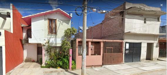 Oportunidad Al Invertir En Amplia Casa De Remate Bancario