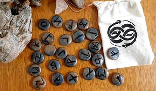 Runas Vikingas + Runa Colgante De Protección De Regalo