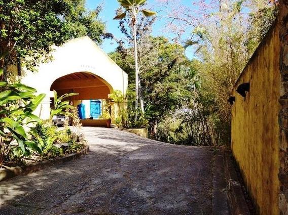 Venta De Hacienda En Parque Caiza Gina Briceño 20-11759