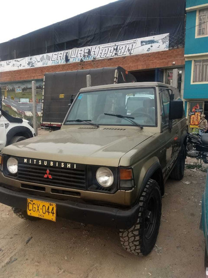 Mitsubishi Montero Motivo Económico
