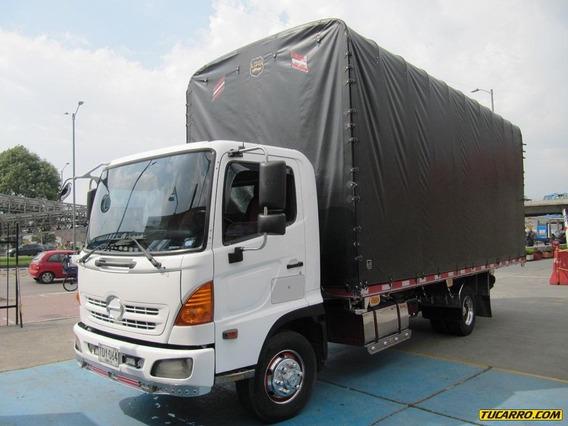 Camión Hino Fc 500 - Estacas