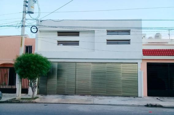 Casa De 4 Habitaciones En Residencial Paseos De Pensiones, Mérida