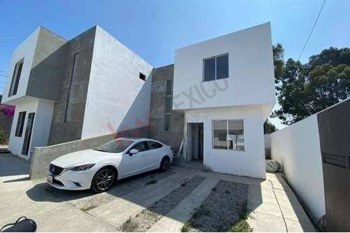 Imagen 1 de 25 de Casa En Venta En Otay Constituyenes, Tijuana, B.c. A 5 Min De Garita Y Aeropuerto