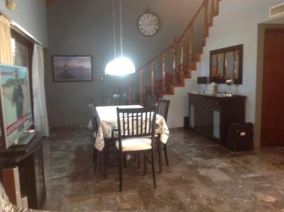 Casa Chalet En Altos Con Garage Sin Expensas Lote Propio.