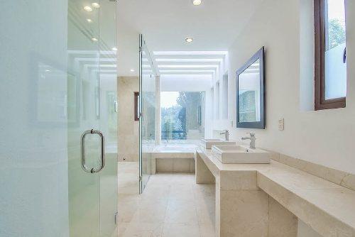Increíble Casa Recién Remodelada Con 6 Rec En Herradura