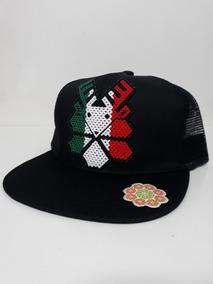 Gorra Huichol Tricolor