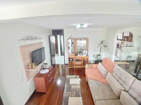 Casa De 3 Quartos Bairro Serrano - 4500