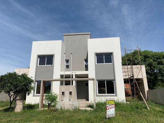 Venta Duplex 2 Dormitorios, 2 Baños, Cochera Y Patio