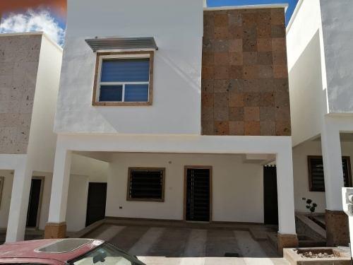 Hermosa Casa Nueva Amueblada, En Fraccionamiento Privado.