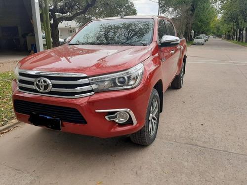 Toyota Hilux 2.8 Srx 4x4 A/t 2017