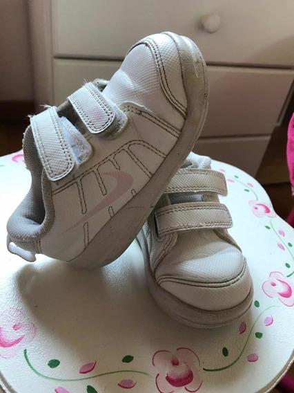 Zapatillas Nike Blancas N22