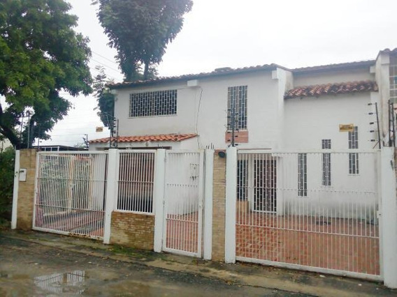 Exclusiva Casa En Venta En Cagua Mm 19-18064