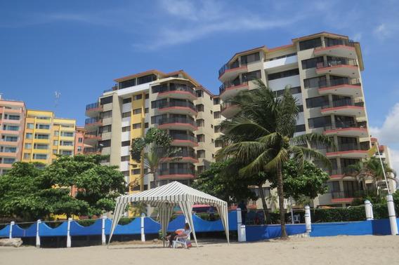 Arriendo Departamento Playa Almendro Tonsupa 8vo Piso.