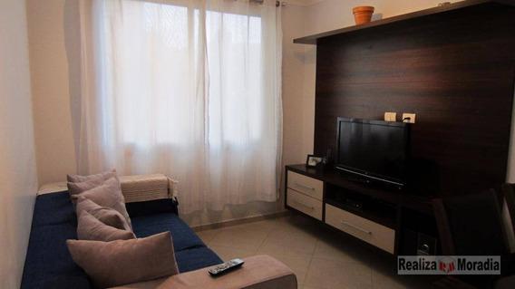 Apartamento 02 Dormitórios - Jardim Ester - Ap0386