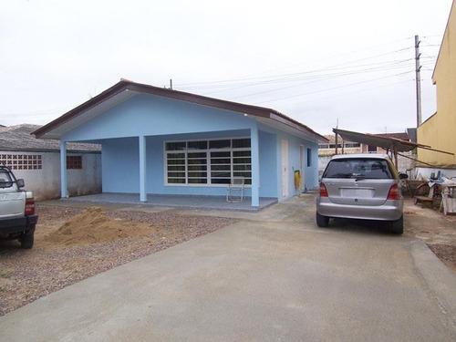 Imagem 1 de 9 de Casa 3 Quartos, 5 Vagas De Garagem No Centro Em Guaratuba/pr - Imobiliária África - Ca0005 - 4709933