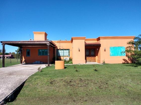 Casa En Barrio Los Palenques