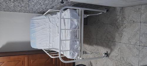 Imagem 1 de 5 de Cama Hospitalar Em Ótimo Estado ....