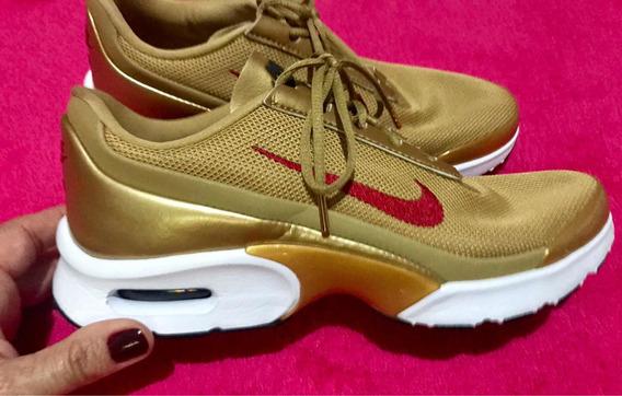 Tênis Nike Dourado Novíssimo Usado Uma Vez Eua