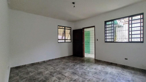 Casa Com 2 Dormitórios À Venda, 94 M² Por R$ 380.000,00 - Estuário - Santos/sp - Ca0151